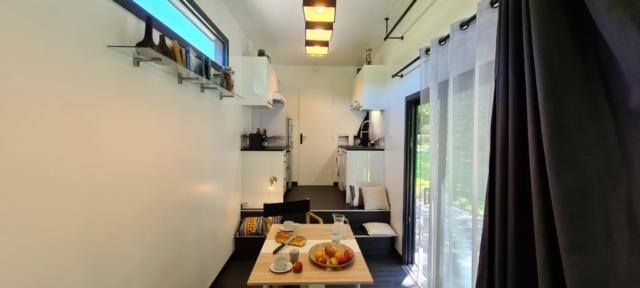 Une Cuisine Tiny House parfaitement équipée